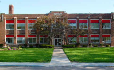 卡莱尔中学.jpg