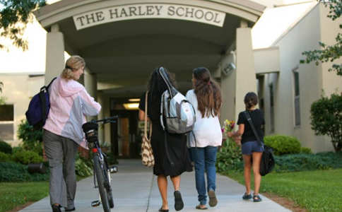哈利学校.jpg