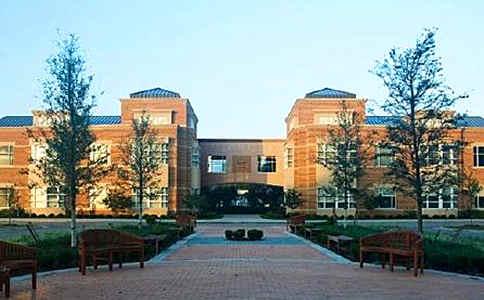 诺福克学院中学.jpg