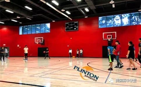 贝赛思硅谷独立学校篮球场.webp.jpg