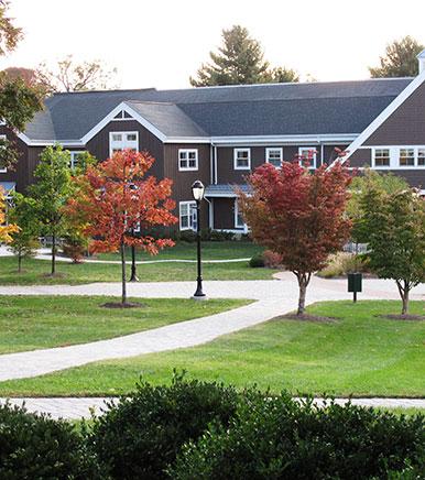 Boston College High School 格瑞森林中学.jpg