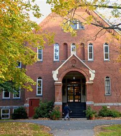 Boston College High School 佛蒙特学院.jpg