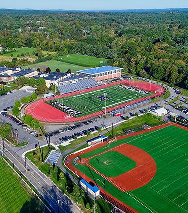 Boston College High School麻省沙文略男校.jpg