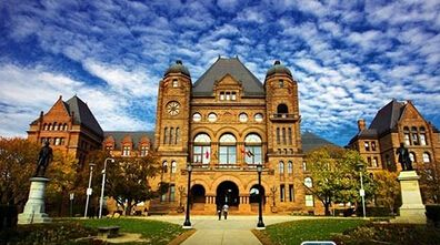加拿大高中.jpg